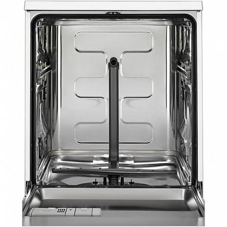 Trauku mazgājamā mašīna  ESI5545LOX